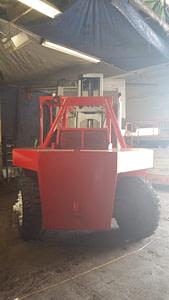80000lb-capacity-taylor-forklift-for-sale-15