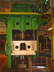 2500 Ton HPM Press pic 4