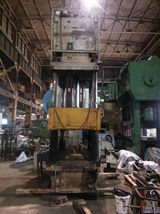 200 Ton Bentler Hydraulic Press 3