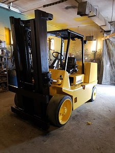 18,000 lb Capacity Hyster S155 Stretch Forklift For Sale 9 Ton
