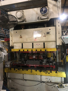 176 Ton Seyi Sutherland Gap Frame Press For Sale