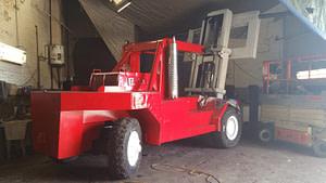 80000lb-capacity-taylor-forklift-for-sale-14