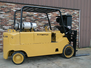 20,000lbs. Cat T200 Forklift For Sale