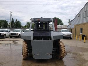 80,000lb Taylor Forklift 5