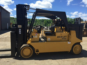 40,000lb. to 60,000lb. Capacity Royal Forklift For Sale (3)