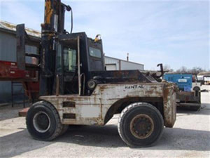 40000lb Apache Forklift For Sale Used https://affordable-machinery.com/?p=9723