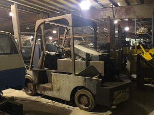 40,000 lb. Capacity Apache Forkift For Sale
