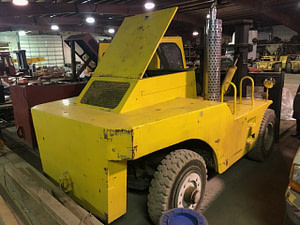 60,000 lb. Apache Forklift For Sale - 30 Ton
