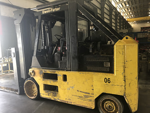 30,000 lbs Elwell Parker Forklift For Sale