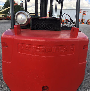 30000lb-capacity-cat-model-t300-forklift-for-sale-3