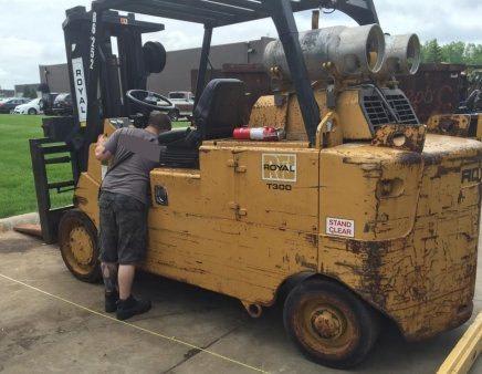 Used Royal T300 30000lb Forklift For Sale