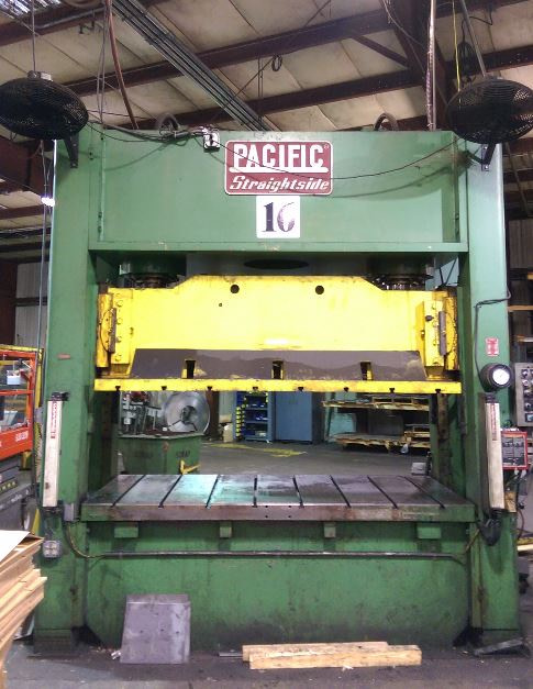 200 Ton Capacity Pacific Straight Side Hydraulic Press For Sale